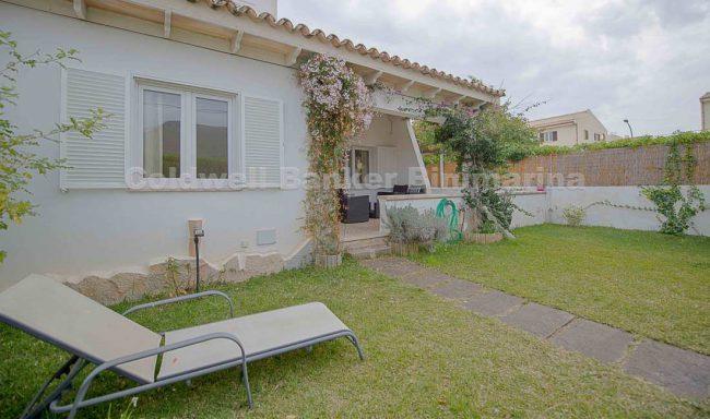 Renovierte Erdgeschosswohnung mit Garten in Puerto Pollensa