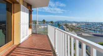 *GELEGENHEIT* Penthouse Apartment in bester Lage in Puerto Pollensa